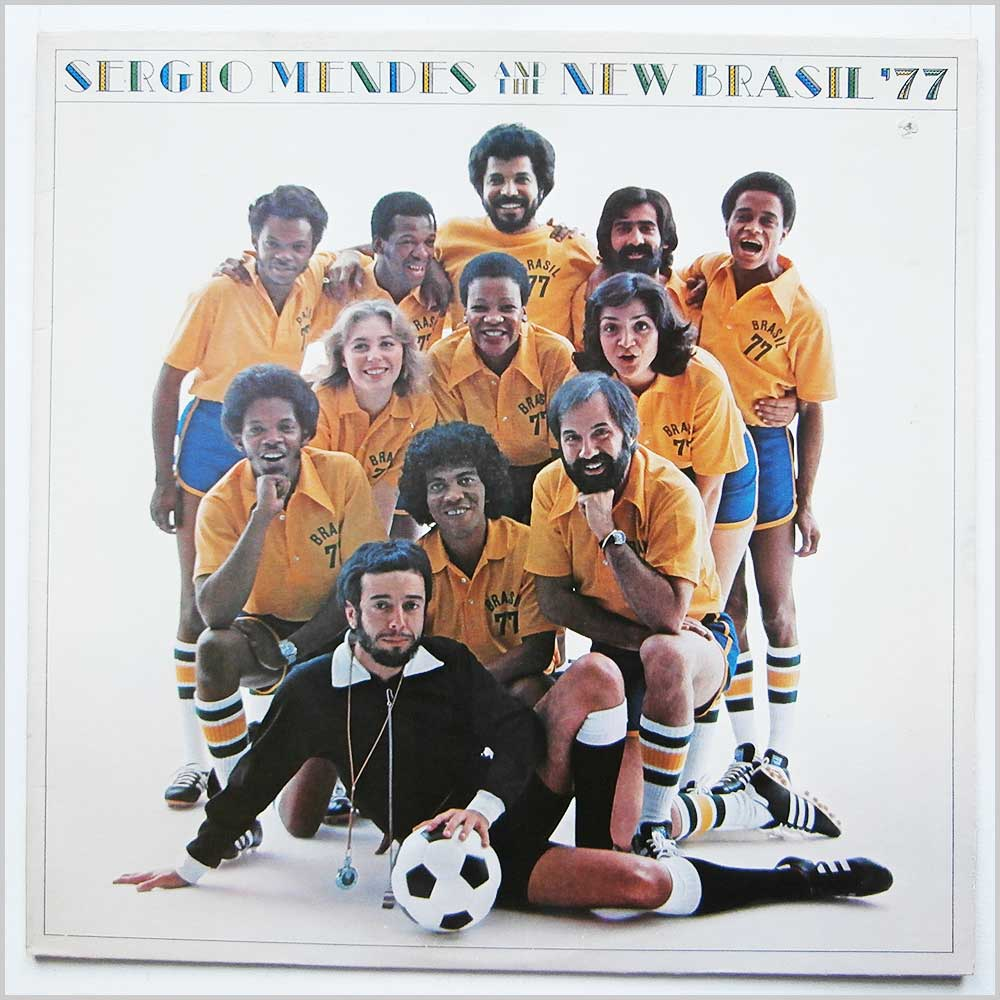 Sergio Mendes And The New Brazil '77 - Sergio Mendes And The New Brazil '77 (ELEKTRA 7E-1102)